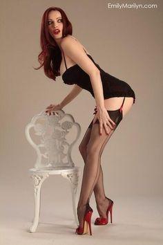 #nylons #stockings #collants #pantyhose #legs #heels #HighHeels