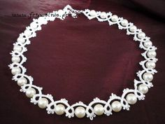 Tatted Pearl necklace
