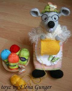 Mouse Amigurumi - Free Russian Pattern here: http://knitting-for-babies.ru/igrushki/myshka-vyazalshchitsa-ot-elena-gunger