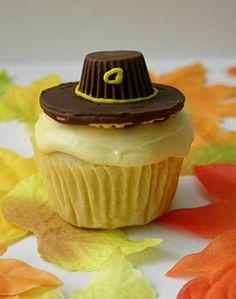 Pilgrim Hat Cupcakes1
