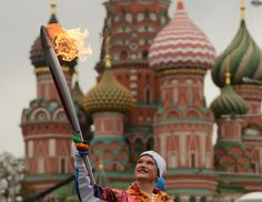Winter Olympics 2014: Carrying the flame - The Big Picture - Boston.com