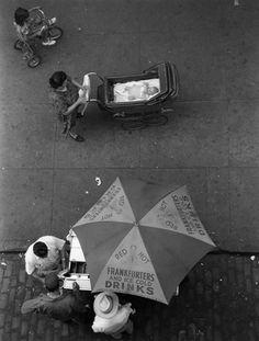 New York 1950  Photo: Ruth Orkin