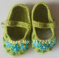 los zapatos de bebé hechos a mano del ganchillo del 100%, handcraft, regalo, decoración, DIYshoes