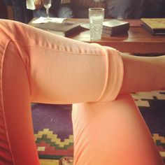 I want these skinnies. <3