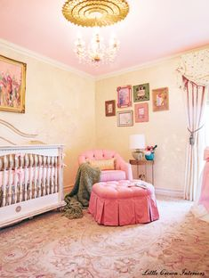 Sophisticated, Chic #BabyGirl #Nursery