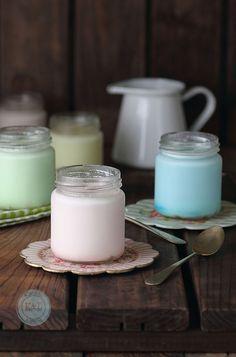 Yogures de lacasitos / Colored yogurt