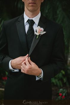 groom style, vowrenew groom, groom vowrenew, vow renewals, renew suit, suit groom