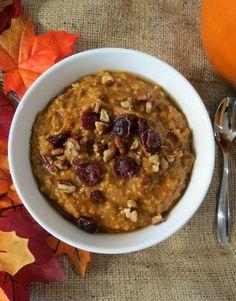 crockpot pumpkin oatmeal, crockpot oatmeal healthy, steel cut oats crockpot, healthy crockpot oatmeal, pumpkin oatmeal crockpot, vanilla extract, oatmeal crockpot healthy, healthy crockpot breakfast, pumpkin pies