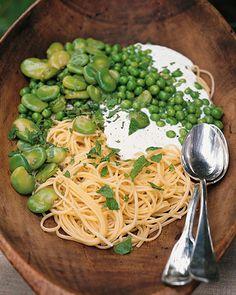 garden linguin, spaghetti squash, zucchini pasta, galleri, pasta recipes, fava bean, food, gluten free pasta, rooster