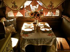 The Beehive Cottage Boutique trailer