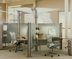 RESOLVE SYSTEM - HERMAN MILLER - http://www.hermanmiller.com/products/workspaces/individual-workstations/resolve-system.html