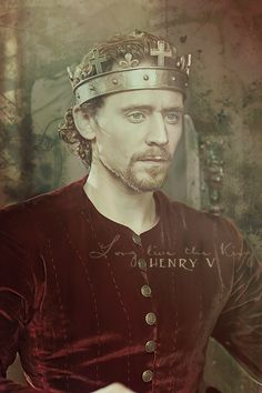 Cry God for Harry, England, and Saint George! and cry HOLY CRAP HE'S BEAUTIFUL for Hiddles!!!