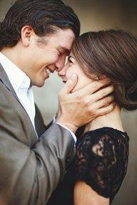 engagement photo poses -