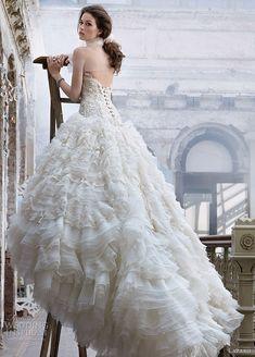 Gorgeous wedding dressses, bridal collection, wedding photography, ball gowns, wedding ideas, dress wedding, wedding photos, romantic weddings, princess wedding dresses