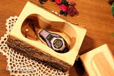 Rustic Log Jewelry Box Small Chest Band Saw Box by HomenStead |Pinned from PinTo for iPad|