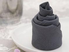 Pliage de serviettes : la pièce montée