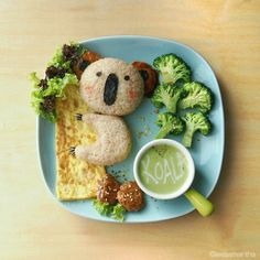 Lee Samantha's food-art - I give top-Koality hugs you know   Ingredients  1. Koala  - Onigiri (riceball) - Meat patty (ears) - Nori (seaweed) - Cheese   - created 27 February 2014