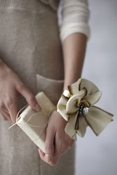 DIY: ribbon bracelet #accessories