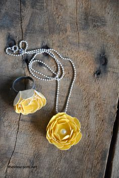 How to make a rose necklace and ring