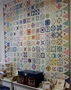 Dear Jane quilt by Nicolette Jansen as seen at Quilters Palet (Netherlands)