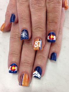 Nail art. Denver Broncos