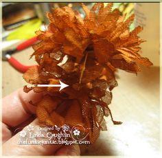 The Funkie Junkie: Crinoline Chrysanthemum Tutorial -  pinch the center!
