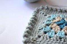 Crochet Bobble Border - Tutorial ❥ 4U // hf