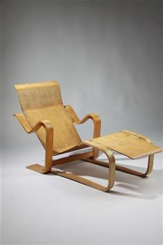 Chaise longue, Long chair. Designed by Marcel Breuer for Isokon, England. 1936.