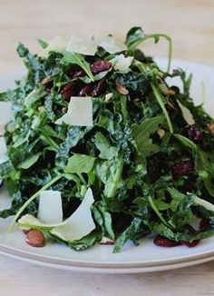 Kale salad with hazelnuts and mint