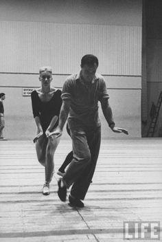Gene Kelly in rehearsal
