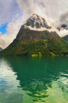 Cloudy Peak, Oppstryn, Norway
