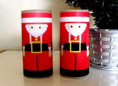 Free Printable! Toilet Tube Santas can be made in a matter of minutes. I love easy Christmas crafts! | AllFreeKidsCrafts.com