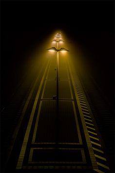 A rua iluminada
