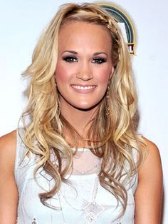 Google Image Result for http://www.dailymakeover.com/appImages/galleryImages/women_celebrity_hairstyles/Carrie_Underwood%2BJune_10_2010.jpg