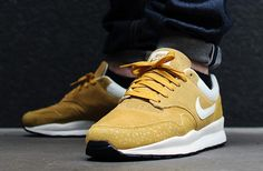 nike-air-safari-monotone-suede-pack-01