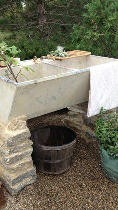 Garden Planning ...love this sink