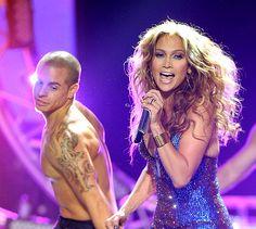 "Jessica Sanchez Makes Final 3 & Jennifer Lopez Performs ""Dance Again"" w/ Casper on American Idol [VIDEO]"
