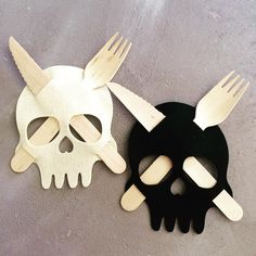 Add these felt skulls 💀 for a spooktacular Halloween table 👻 !!! #partyandcogr #partysupplies #partydecor #partydecoration #tabledecoration #customparties #partyplanning #kidsparty #birthdayparty #partyideas #kidspartyideas #partystyling  #partyinspo #themedparty #partyware #birthdaydecoration #partyfavors #partystyle #partystore #partysupplier #eventstyling #eventdecor #eventstyling #partyinspiration #halloween #halloweenparty #halloweendecorations #skull #halloween2016