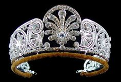 Queen Mary's Diamond Crown