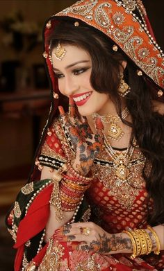stunning outfit hair and makeup #saree #indian wedding #fashion #style #bride #bridal party #brides maids #gorgeous #sexy #vibrant #elegant #blouse #choli #jewelry #bangles #lehenga #desi style #shaadi #designer #outfit #inspired #beautiful #must-have's #india #bollywood #south asain