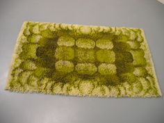 green rya rug