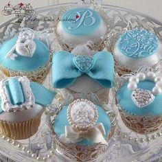 #cupcakes #Tiffany Blue