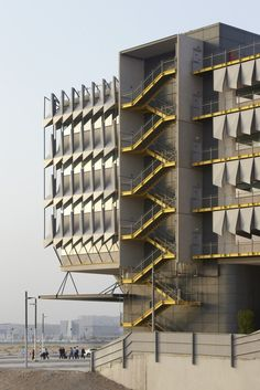 Siemens HQ in Masdar City by Sheppard Robson / Masdar City – Abu Dhabi – United Arab Emirates