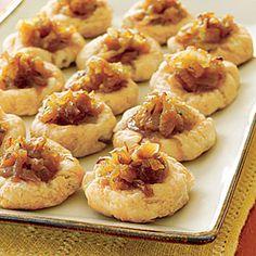 tarts, onions, tart recipes, vidalia onion, finger foods, puff pastries, baking, onion tart, holiday appetizers