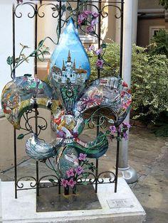 Fleur de lis with New Orleans scenes