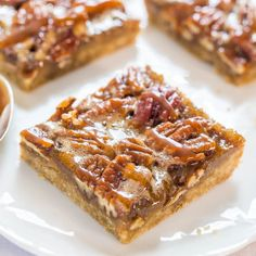 Salted Caramel Maple Pecan Pie Bars - All the flavor of pecan pie minus the work - so easy!! Salted caramel makes everything better.
