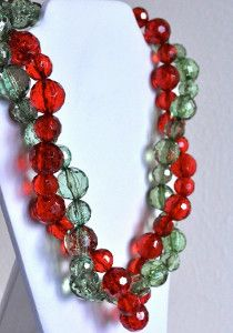 If you are looking for fun and funky holiday necklaces to make, then you should craft these Christmas Red and Holiday Green Necklaces. This easy-to-make project teaches you how to make a necklace in both a festive green and jolly red color.