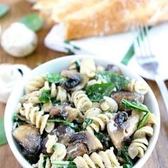 Creamy Goat Cheese Pasta with Spinach and Roasted Mushrooms ...
