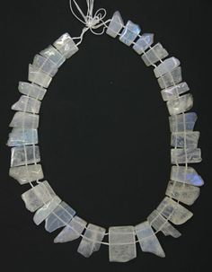 Stunning moonstone plates/ collar beads 18-29mm 1/2 strand - Another kind of 2-hole beads