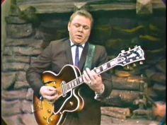 Roy Clark - Alabama Jubilee & Everybody Watches Me